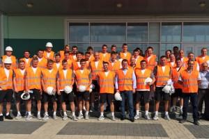 Футболистов Ворсклы свозили на экскурсию по заводу в Горишние Плавни
