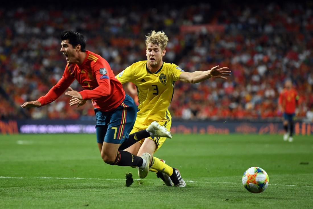 Испания выиграла у Швеции