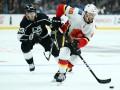 НХЛ: Калгари выиграл у Лос-Анджелеса, Эдмонтон уступил Вегасу