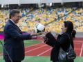 Фотогалерея: Экскурсовод. Янукович показал журналистам Олимпийский и рассказал о Евро-2012