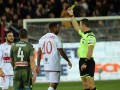 В Италии будут наказывать футболистов за приближение к арбитру во время матча