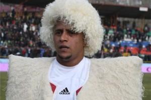 Роберто Карлос считает, что если бы он остался в Анжи, клуб бы не развалился