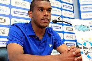 Фернандо в настоящий момент не хочет уезжать из Бразилии