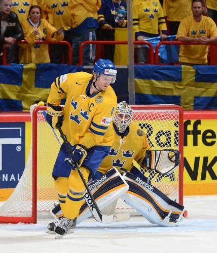 Швеция с трудом обыграла Канаду