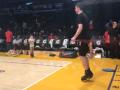У баскетболиста появилась маленькая подражательница накануне матча