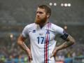 Капитан сборной Исландии сбрил бороду в честь участия на Евро-2016