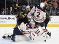 НХЛ: Вегас в насыщенном матче обыграл Эдмонтон, Даллас по буллитам уступил Ванкуверу