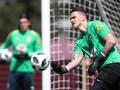 Голкипера сборной Бразилии застукали за бутылкой водки