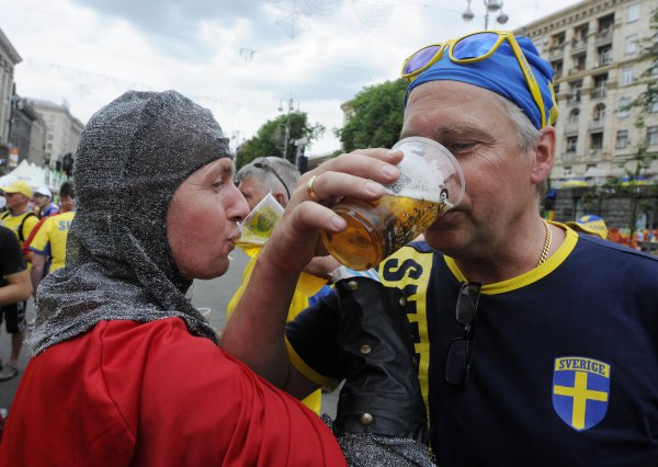Швеция, Англия, алкоголь