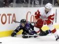 NHL:  Детройт громит Лос-Анджелес, Чикаго возвращается в зону плей-офф
