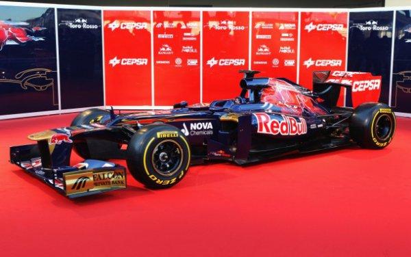 Новый болид команды Toro Rosso