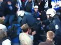 Держиморды: Десяток финских полицейских пытается угомонить сектор