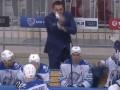 Всех послал: Бывший тренер Донбасса сорвался на судью и болельщиков (видео)