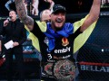 Амосов победил Лиму, став первым украинским чемпионом Bellator