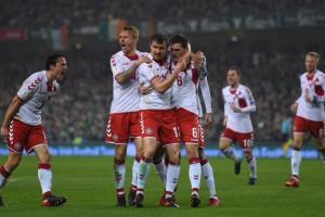 Игроки сборной Дании устроили вечеринку в раздевалке после выхода на ЧМ
