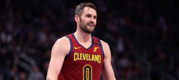 НБА: Детройт с Михайлюком уступил Кливленду, Чикаго с трудом обыграл Сан-Антонио
