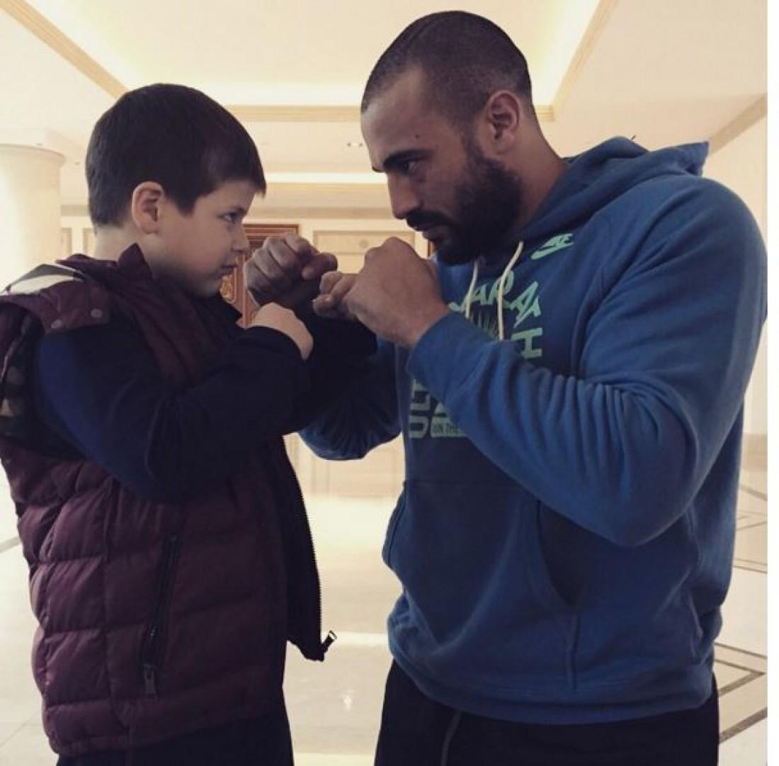Сын Рамзана Кадырова и Бадр Хари