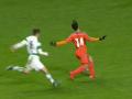 Футболист Валенсии, обвиненный в наглой симуляции, получил серьезную травму