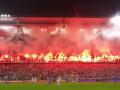 Огненная цепочка: Фанаты Легии устроили яркое шоу на трибунах