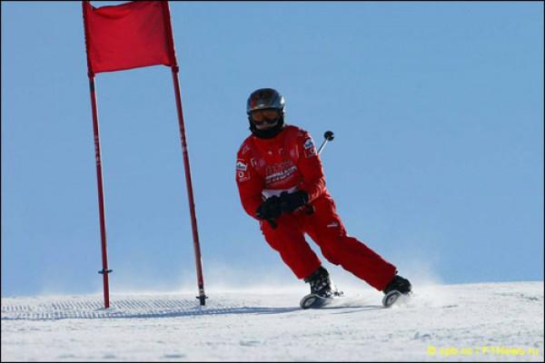 Шумахер получил травму головы, катаясь на лыжах