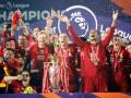 Эмоциональное видео из раздевалки Ливерпуля, где команда празднует чемпионство в АПЛ