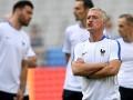 Дешам: Нас ждут интересные 90 минут матча с Румынией