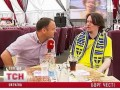 Азаров получил пиво от честного шведа