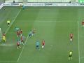 Изворотливый гол венгерского футболиста, который захочется пересмотреть