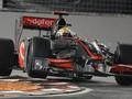 Авария с Баррикелло дарит поул Хэмилтону на Гран-при Сингапура