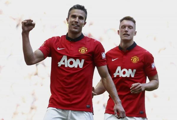 Робин ван Перси принес Манчестер Юнайтед очередной трофей