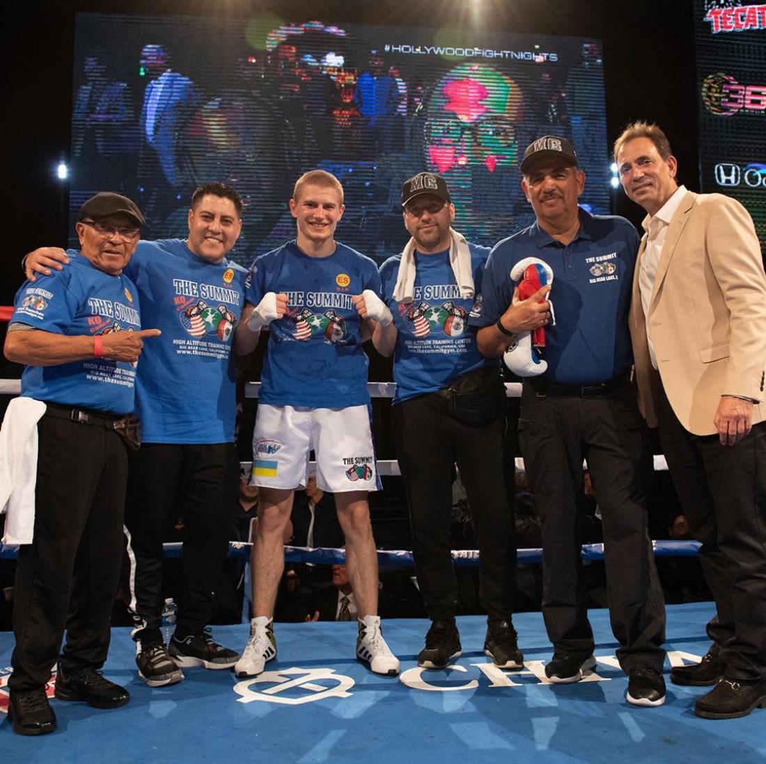 Сергей Богачук с командой после боя