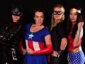 Знаменитые теннисистки пришли на вечеринку в образах супергероев