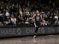 Феноменальный победный проход Карри – среди лучших моментов дня в НБА