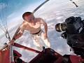 Финский экстремал прыгнул с высоты 4 километров без парашюта и с голым торсом