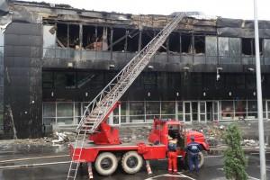 Черное и серое: Во что превратилась Арена Дружба после пожара (фото)