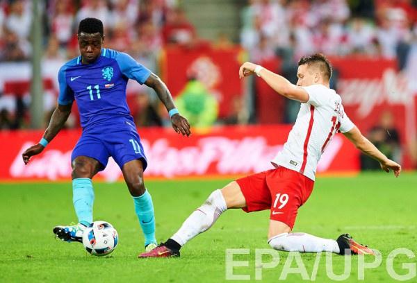 Польша проиграла Голландии