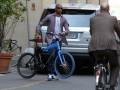 Это'О катается по Милану на велосипеде цветов Интера (ФОТО)