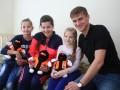 Шахтер передал медикаменты в Харьковскую детскую больницу