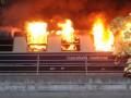 В Берлине загорелся поезд с сотнями фанатов