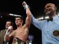 Бивол по решению судей одолел Паскаля и сумел сохранить пояс WBA