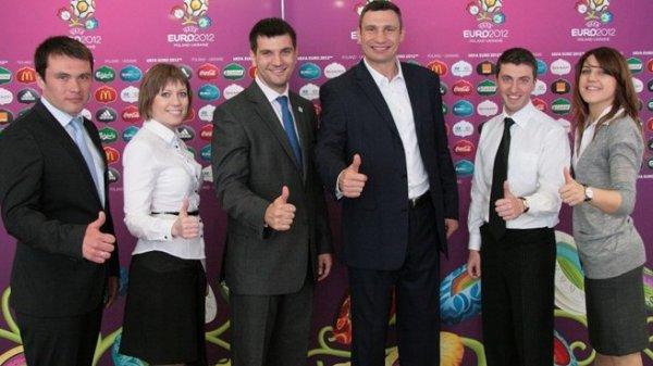 Виталий Кличко - посол волонтерской программы UEFA