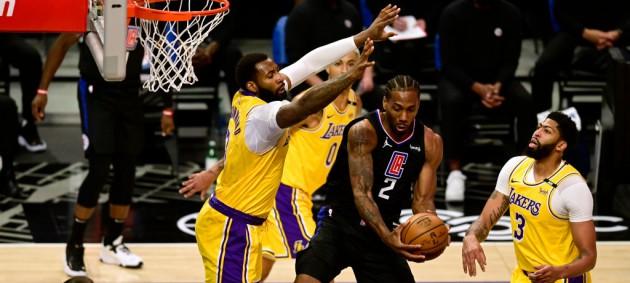 НБА: Лейкерс уступили Клипперс, Даллас обыграл Бруклин