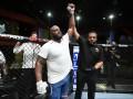 UFC Fight Night 185: Льюис нокаутировал Блейдса
