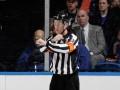 Третьеклассник, мечтающий стать арбитром, получил от НХЛ трогательный подарок