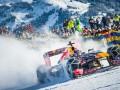Пилот команды Формулы-1 проехал на болиде Red Bull по горнолыжной трассе