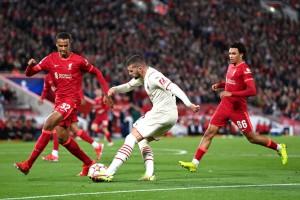 Ливерпуль отыгрался в матче с Миланом и завоевал три очка.