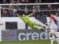 Лунин отбил пенальти в матче против Депортиво