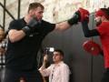 Чемпион UFC обещает размазать Энтони Джошуа