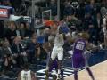 Сокрушительный данк Оладипо - лучший момент дня в НБА