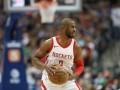 Роскошный данк Адетокунбо и попадание Пола – среди лучших моментов дня НБА